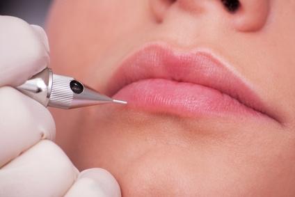 Permanent Make-up Lippen